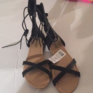 Size 9/10 for women